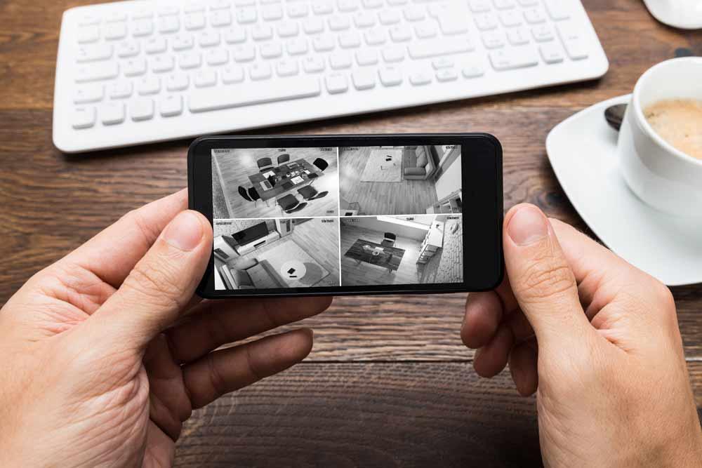 cctv-on-mobile-phone